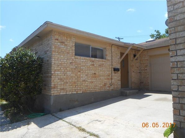2 bed 2 bath Multi Family at 18 S Commonsway Dr Portland, TX, 78374 is for sale at 94k - 1 of 23