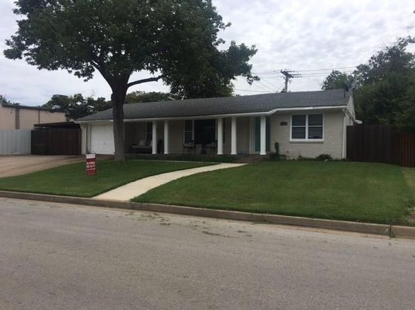 3 bed 3 bath Single Family at 3501 Rogers Ave Fort Worth, TX, 76109 is for sale at 320k - 1 of 11