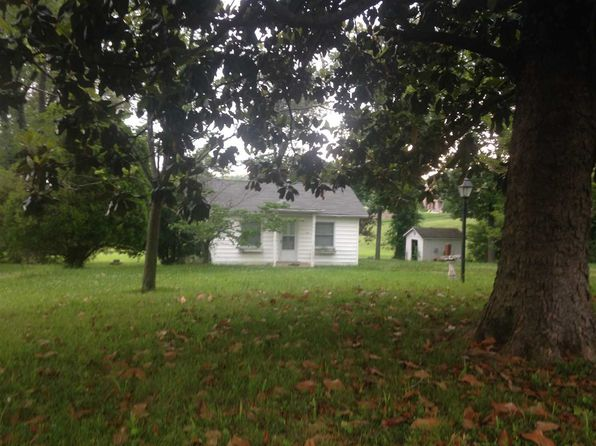 2 bed 1 bath Single Family at 114 John Phillips Ln Gilbertsville, KY, 42044 is for sale at 450k - 1 of 14