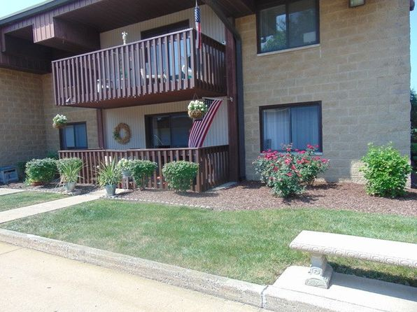 2 bed 2 bath Condo at 935 E Division St Lockport, IL, 60441 is for sale at 119k - 1 of 11