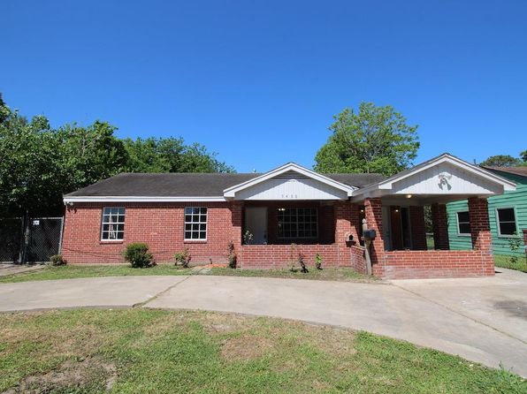 3 bed 1 bath Single Family at 9438 ROSEHAVEN DR HOUSTON, TX, 77051 is for sale at 113k - 1 of 27