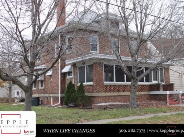 4 bed 2 bath Single Family at 2103 W Manor Pkwy West Peoria, IL, 61604 is for sale at 85k - google static map