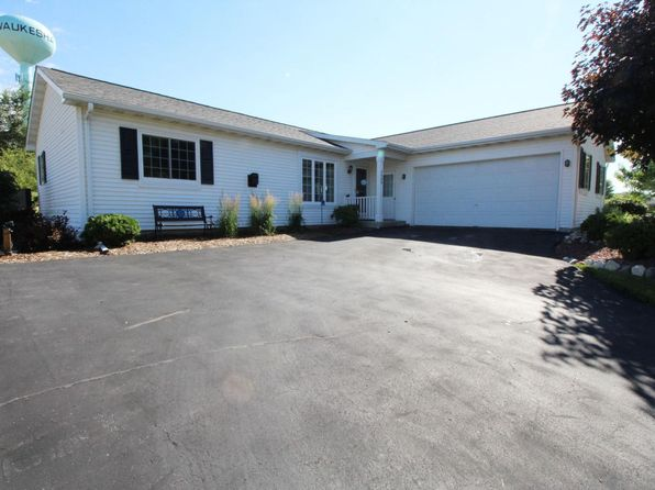 3 bed 2 bath Single Family at 2600 Joanne Dr Waukesha, WI, 53188 is for sale at 235k - 1 of 17