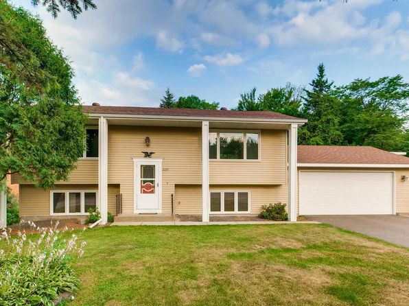 4 bed 2 bath Single Family at 2130 Long Lake Rd New Brighton, MN, 55112 is for sale at 225k - 1 of 21