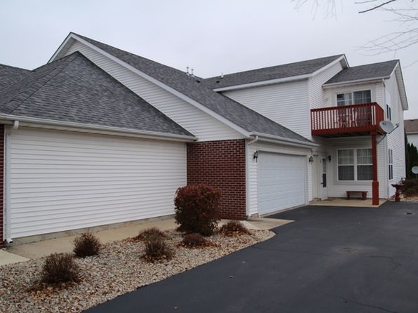 2 bed 2 bath Condo at 10193 Metalmark Ln Roscoe, IL, 61073 is for sale at 90k - 1 of 9