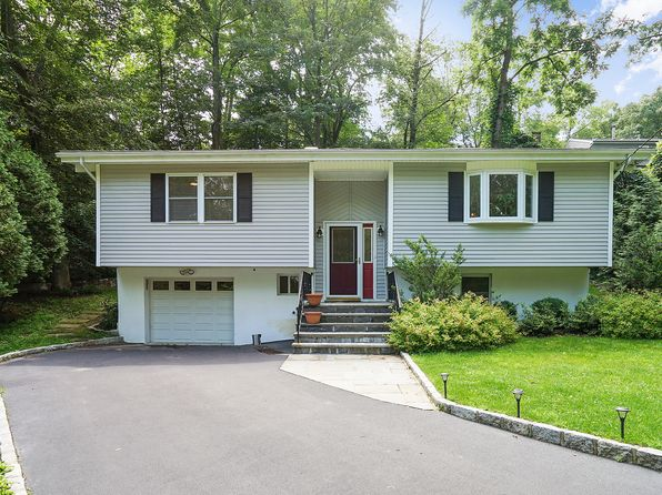 3 bed 1.5 bath Single Family at 33 Brookside Pl Pleasantville, NY, 10570 is for sale at 599k - 1 of 25