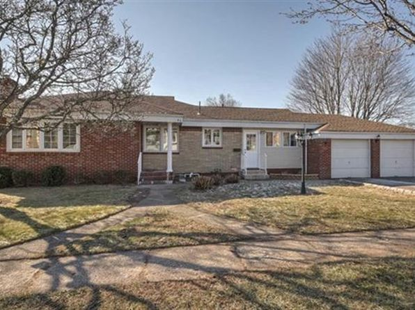 3 bed 2 bath Single Family at 43 Ward Ave Clifton, NJ, 07014 is for sale at 389k - 1 of 49