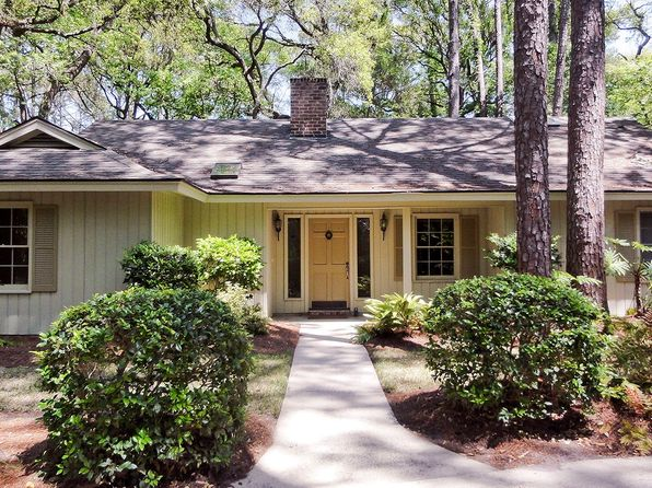 Rental listings in hilton head island sc 177 rentals for Zillow hilton head sc