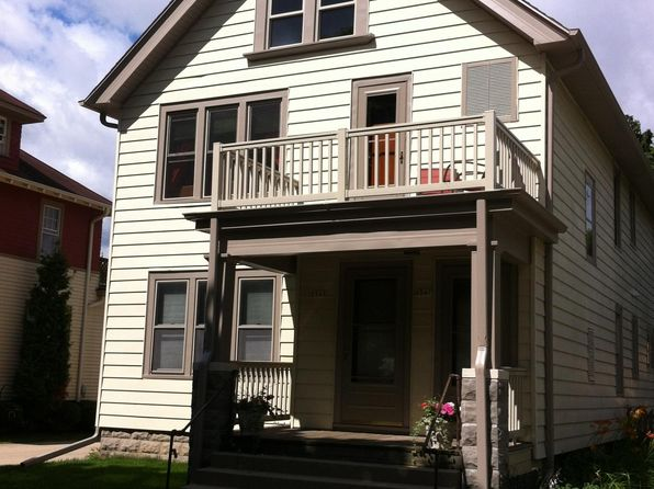 Apartments for rent in tosa village wauwatosa zillow for 2 bedroom apartments wauwatosa wi