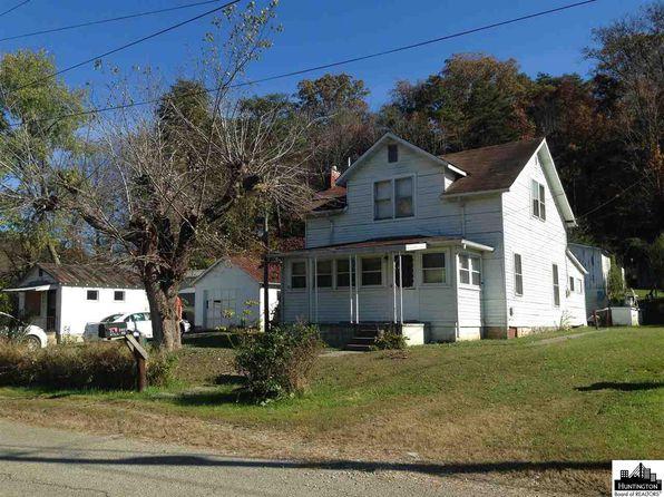 Wayne Town - Fort Gay - West Virginia