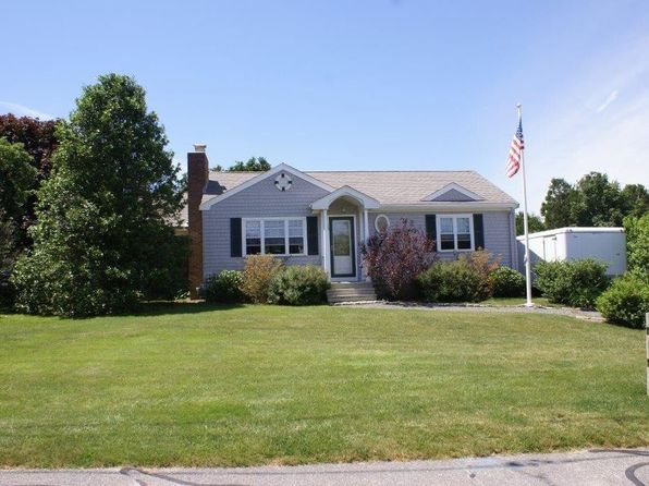 Sandwich Real Estate Sandwich Ma Homes For Sale Zillow