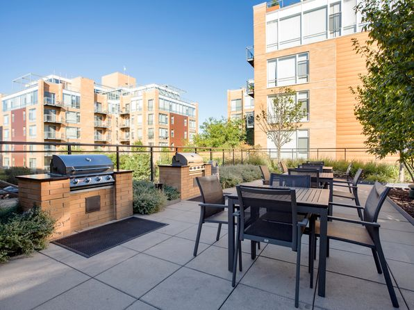 APT: 403S - Evanston Place Apartments in Evanston, IL | Zillow