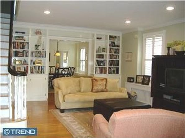 4 bed 3 bath Single Family at 1425 Woodlawn Ave Wilmington, DE, 19806 is for sale at 465k - 1 of 25