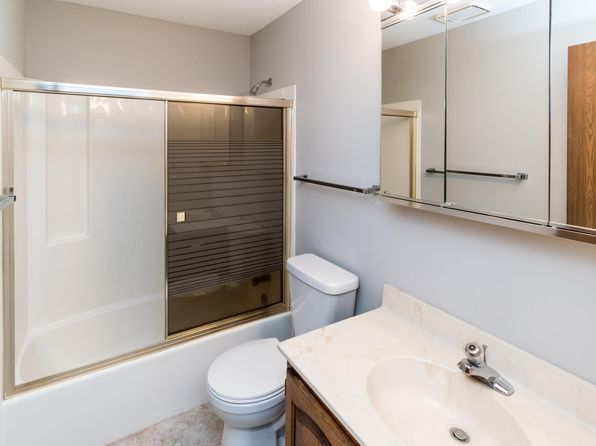 Stupendous Apartments For Rent In Plymouth Mn Zillow Home Interior And Landscaping Mentranervesignezvosmurscom