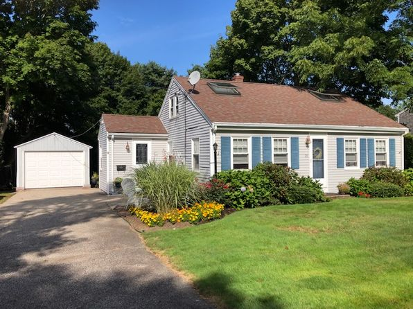 Fabulous East Falmouth Real Estate East Falmouth Ma Homes For Sale Interior Design Ideas Inesswwsoteloinfo