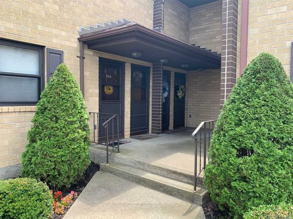 Wantagh NY Condos & Apartments For Sale - 3 Listings | Zillow