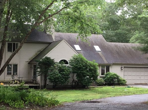 Amazing Forestdale Real Estate Forestdale Ma Homes For Sale Zillow Home Interior And Landscaping Palasignezvosmurscom