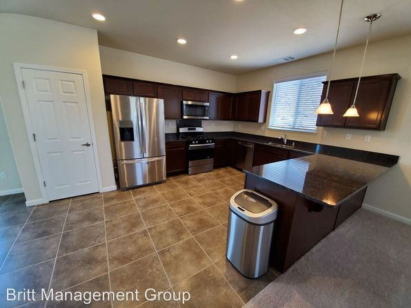 Prime Houses For Rent In Reno Nv 215 Homes Zillow Interior Design Ideas Inamawefileorg