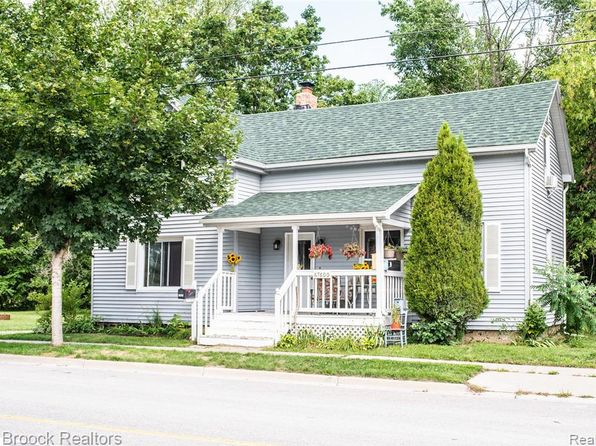 Awe Inspiring Richmond Real Estate Richmond Mi Homes For Sale Zillow Home Interior And Landscaping Ologienasavecom