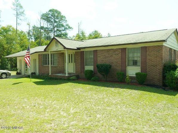 Pleasing 7281 Neal Dr Macon Ga 31216 Zillow Home Interior And Landscaping Mentranervesignezvosmurscom