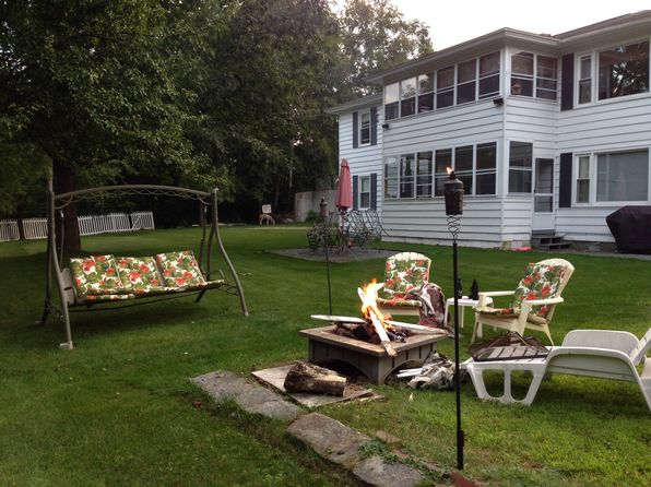 355 South Ave, Berlin, NH 03570   Zillow