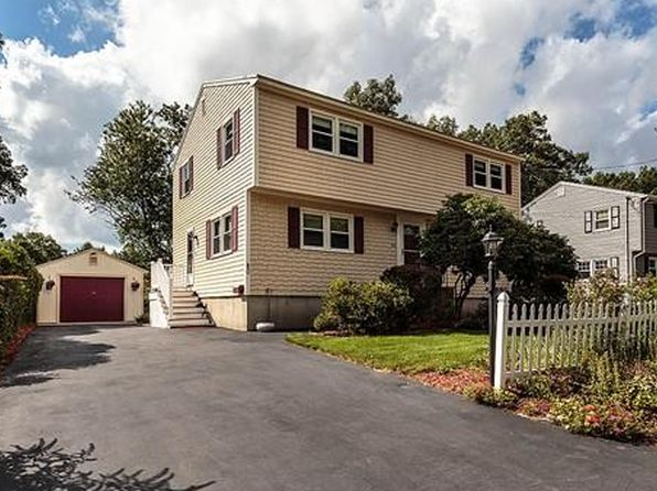 92 fleming st lowell ma 01851 zillow