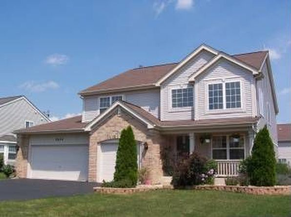 5 bed 2.5 bath Single Family at 1634 Rosehall Ln Elgin, IL, 60123 is for sale at 285k - 1 of 22