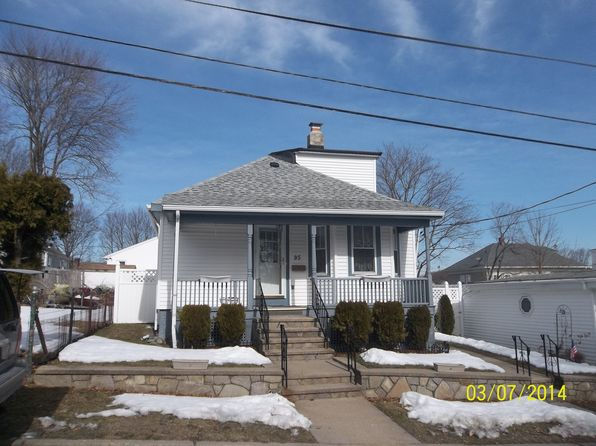 103 terrace ave pawtucket ri 02860 zillow for 104 terrace view ave