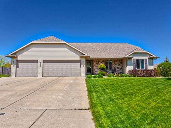 2792 heartland ter green bay wi 54313 zillow for 5668 willow terrace dr
