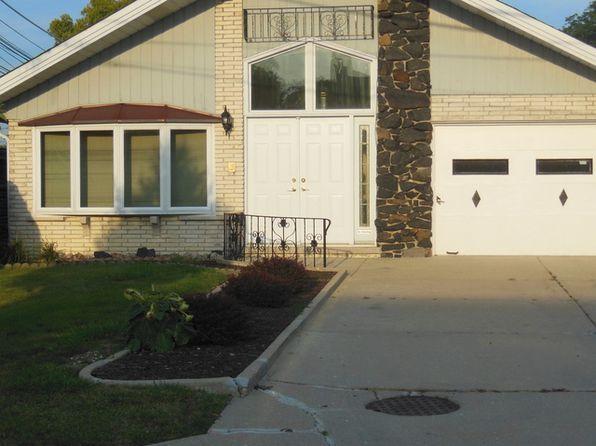 1151 Home Ave Oak Park IL 60304