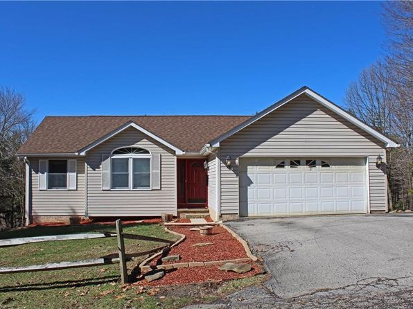 New cumberland real estate new cumberland wv homes for for Modern homes on zillow