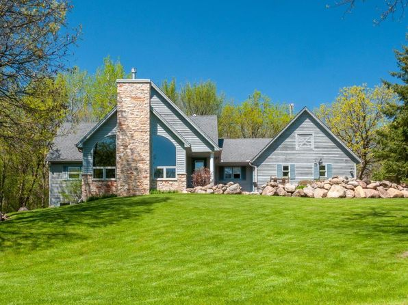 Model home auction mn