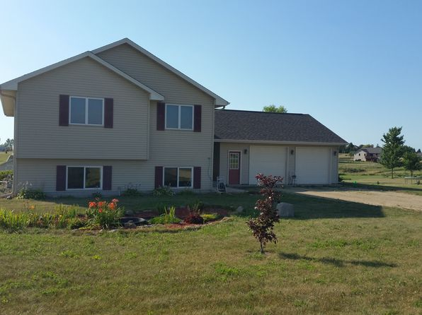 new richmond wi for sale by owner fsbo 12 homes zillow. Black Bedroom Furniture Sets. Home Design Ideas
