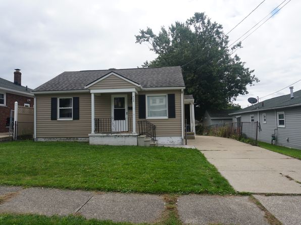 894 w exchange st akron oh 44302 zillow rh zillow com