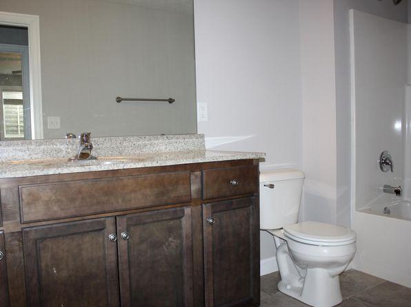 Rental Listings in Springfield IL - 214 Rentals | Zillow on 1 2 bathroom designs, pinterest bathroom designs, hgtv bathroom designs, msn bathroom designs, home bathroom designs, walmart bathroom designs, amazon bathroom designs, economy bathroom designs, google bathroom designs, target bathroom designs, seattle bathroom designs, family bathroom designs,