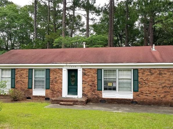 Fayetteville NC Foreclosures & Foreclosed Homes For Sale - 331 Homes