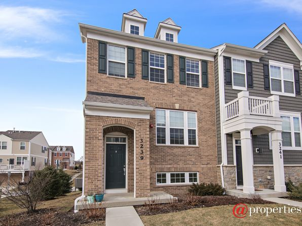 Wheeling real estate wheeling il homes for sale zillow for 1048 terrace lane glenview il
