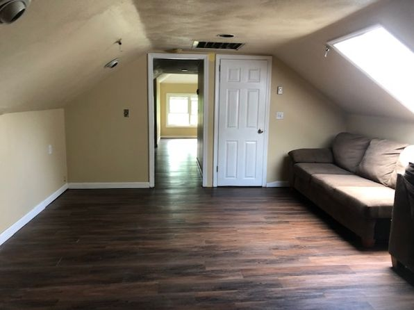 Apartments For Rent in Cranston RI | Zillow