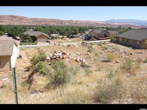 Pleasing Moab Real Estate Moab Ut Homes For Sale Zillow Home Interior And Landscaping Spoatsignezvosmurscom