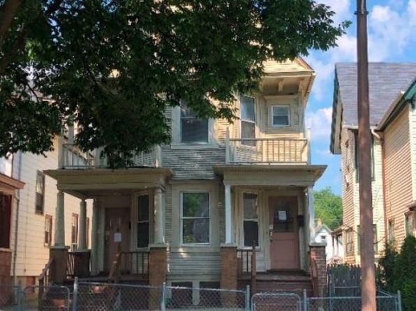 multi family homes for sale milwaukee
