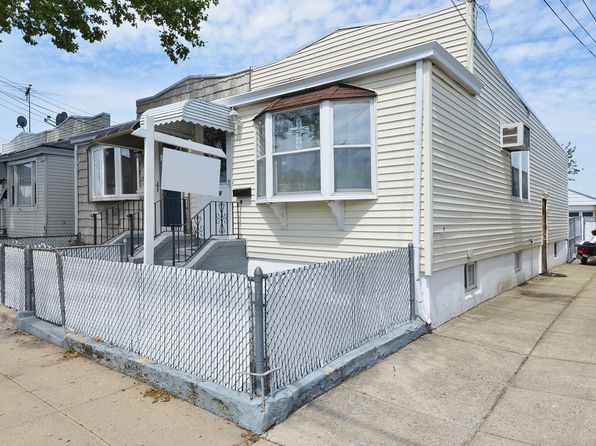 Ranch House Maspeth Real Estate 4 Homes For Sale Zillow