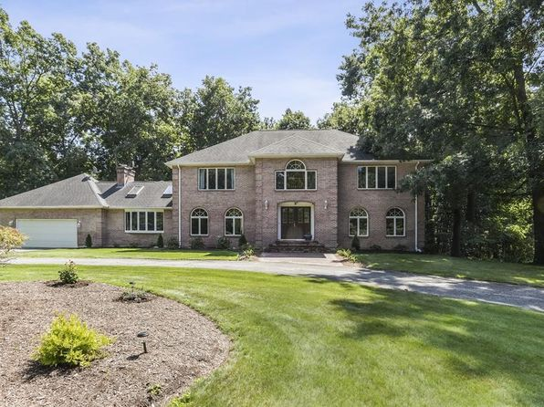 Tremendous East Longmeadow Real Estate East Longmeadow Ma Homes For Home Interior And Landscaping Palasignezvosmurscom