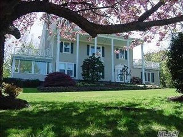 4 bed 5 bath Single Family at 265 Bay Ave Huntington, NY, 11743 is for sale at 749k - 1 of 7