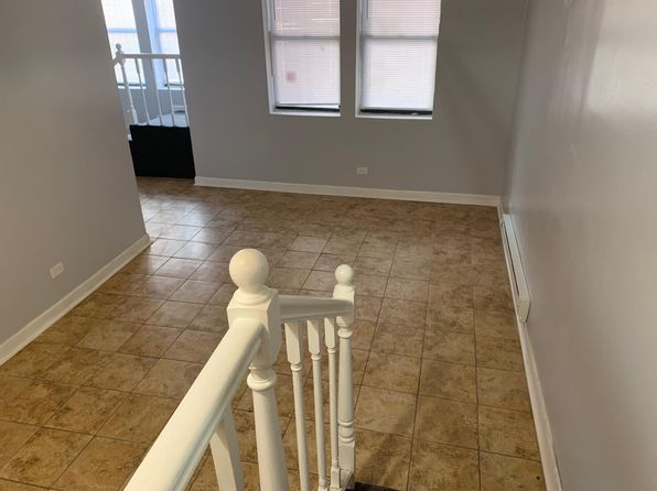 Fine Apartments For Rent In Chicago Il Zillow Home Interior And Landscaping Staixmapetitesourisinfo