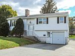 31 Seaview Ct, Tiverton, RI 02878