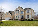 132 Golden Meadow Ln, Sicklerville, NJ 08081