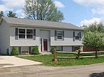 18 Chicopee St, Lanesborough, MA 01237