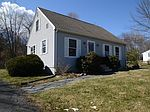 46 Chesterfield Dr, Amherst, MA 01002