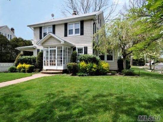 130 Powell Ave, Rockville Centre, NY 11570 | Zillow