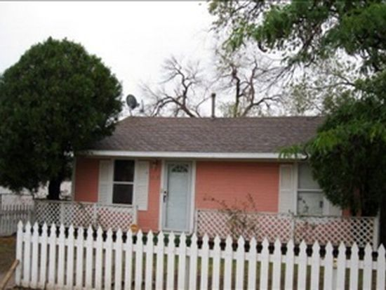 2705 Dartmouth St Lubbock Tx 79415 Zillow
